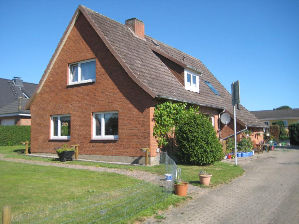 Für Familien ideal!GepflegtesEinfamilienhaus in ruhiger Lage von Osdorf
